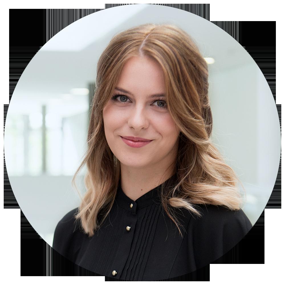 Angelina Hösl (23)